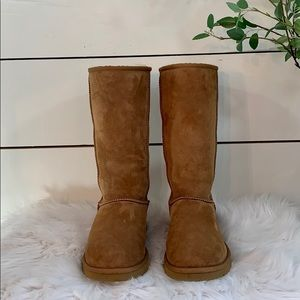 🍂UGG Classic Tall Boot Size 7 Chestnut in EUC🍂